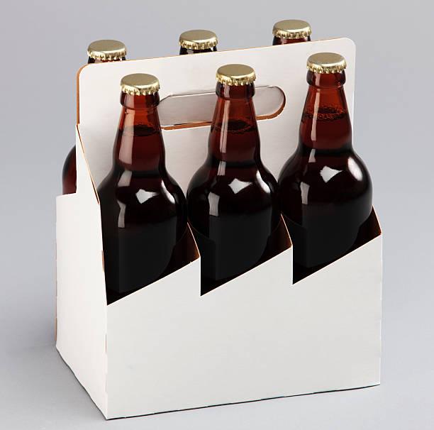six pack de bière - pack de six photos et images de collection