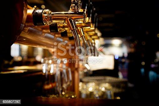 istock Beer tap 635807292