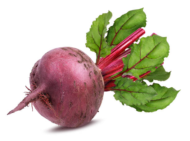 Beetroot with leaves isolated Beetroot with leaves isolated on whiteBeetroot with leaves isolated on white beet stock pictures, royalty-free photos & images
