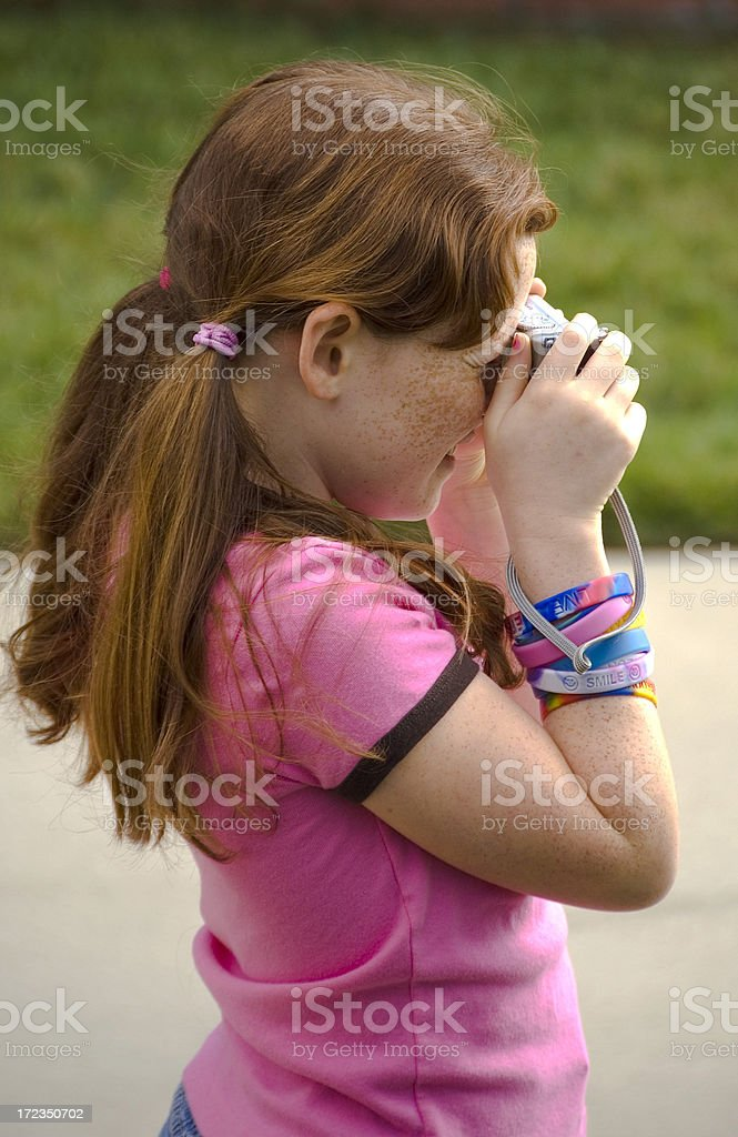Chica Beginner.Young fotógrafo foto de stock libre de derechos