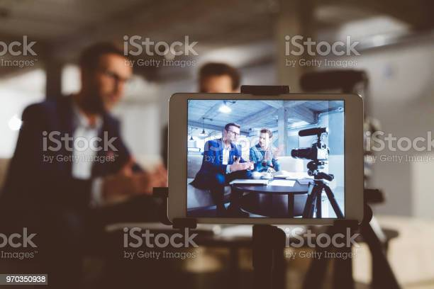 Behind the scenes of a business vlog picture id970350938?b=1&k=6&m=970350938&s=612x612&h=yg3yfr6d7ufoj uy7zvk8h6lswn5zzk  pynlnqgwdu=