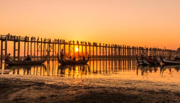 U Bein Brücke in Amarapura / Myanmar – Foto
