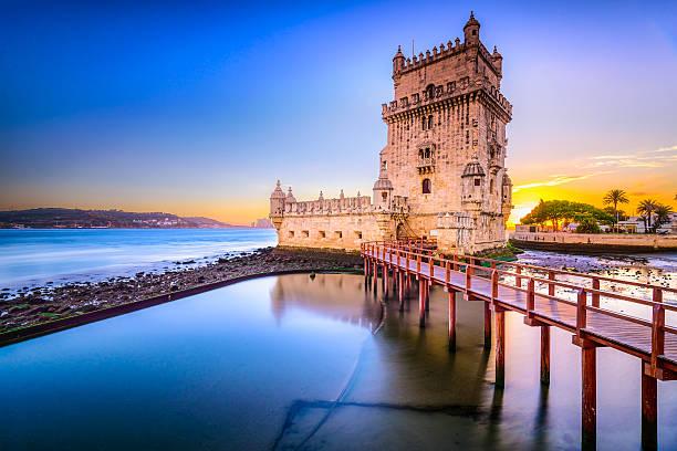 torre de belém, em portugal - lisboa imagens e fotografias de stock