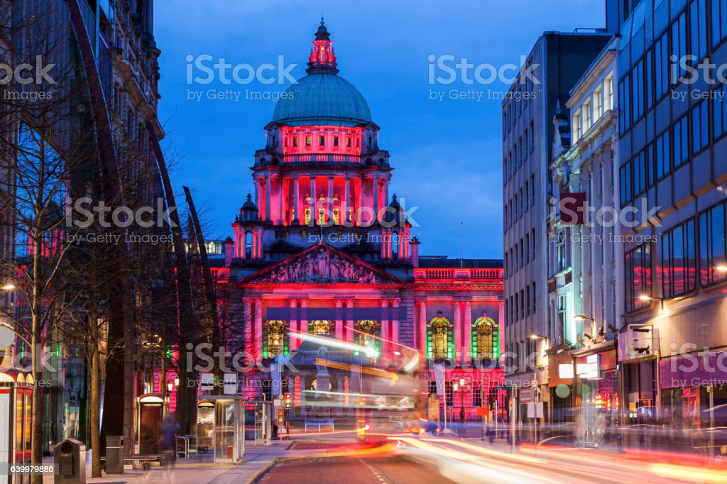 Belfast City Hall at evening - Photo