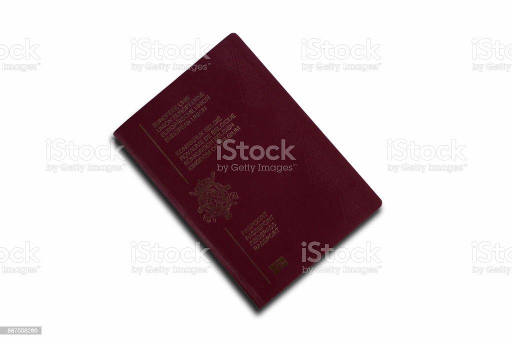 Pasaporte belga aislado sobre fondo blanco - foto de stock