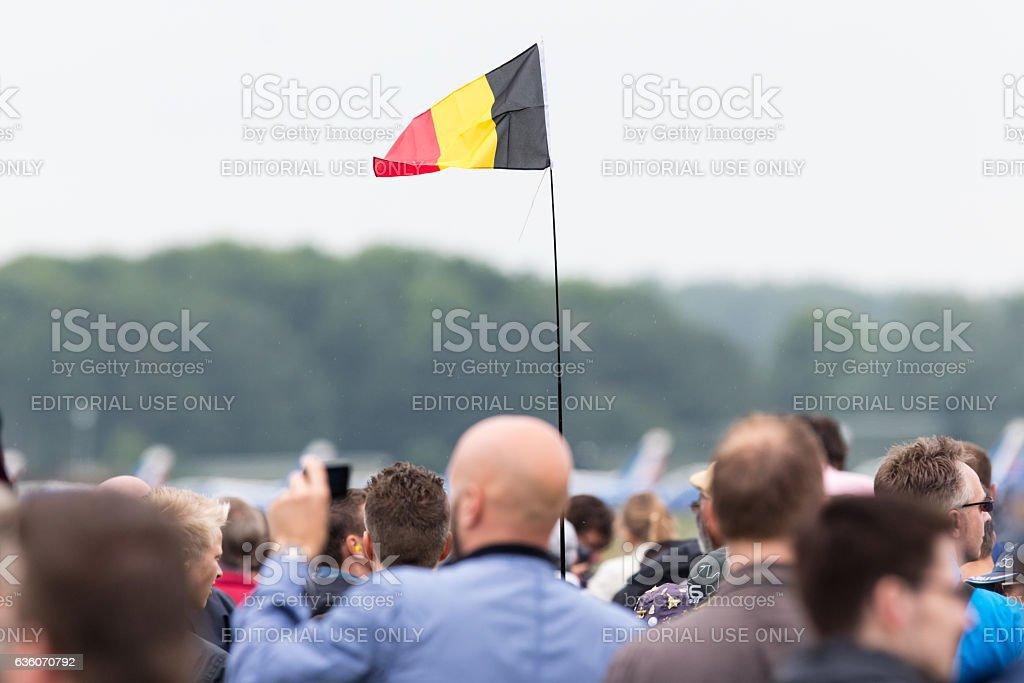 Agitant le Drapeau belge - Photo