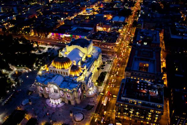 """""""Bellas artes"""" palace at night stock photo"""