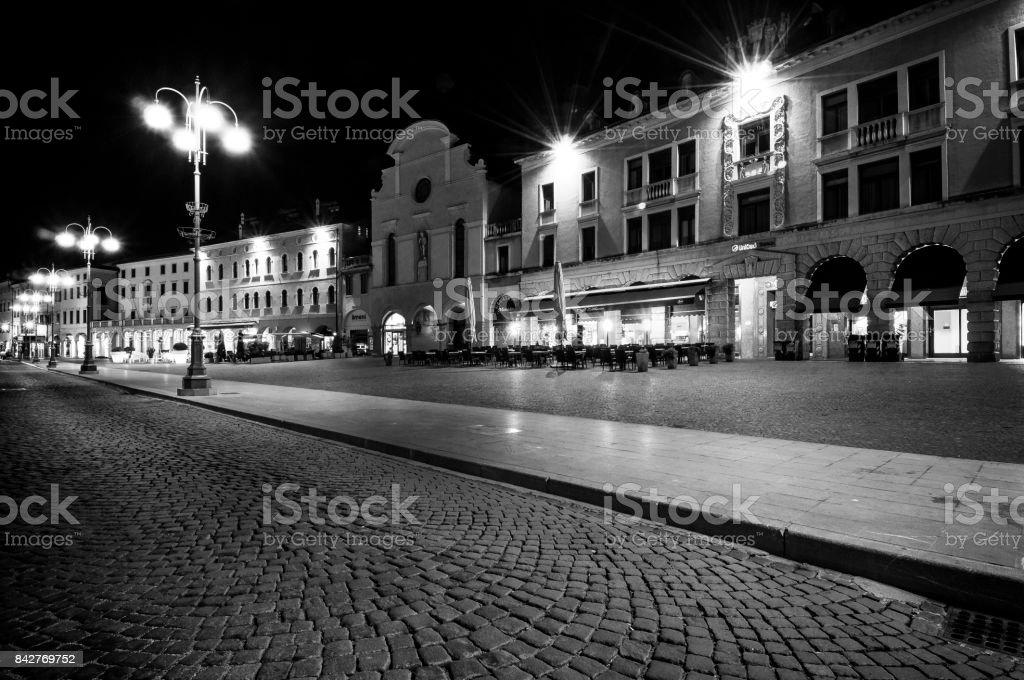 Belluno on night - foto stock