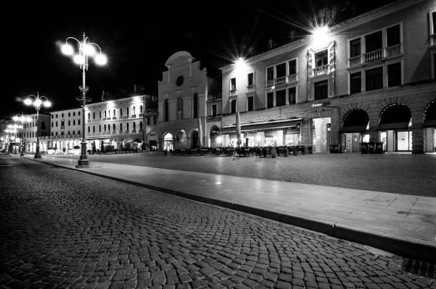 Belluno am Abend – Foto