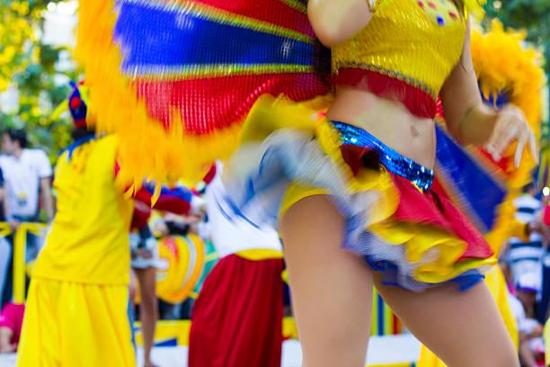 fête de la danse du ventre - carnaval de rio photos et images de collection