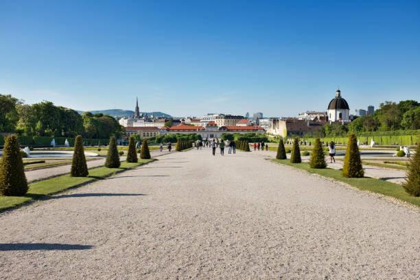 belvedere gardens - wien foto e immagini stock