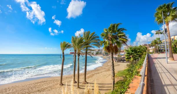 Playa de Benalmádena. Provincia de Málaga, Andalucía, España - foto de stock