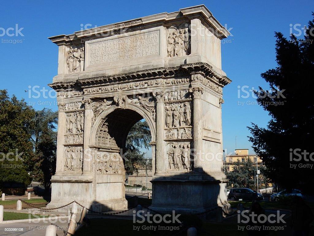 Benevento-Arco di Traiano - foto stock