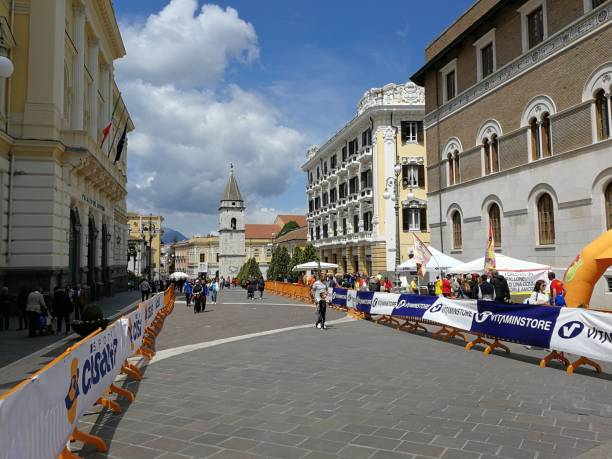 Benevento - Percorso della Strabenevento Benevento, Campania, Italy - 1 May 2019: View of Corso Garibaldi at the end of the twenty-eighth edition of the Strabenevento foot race percorso stock pictures, royalty-free photos & images