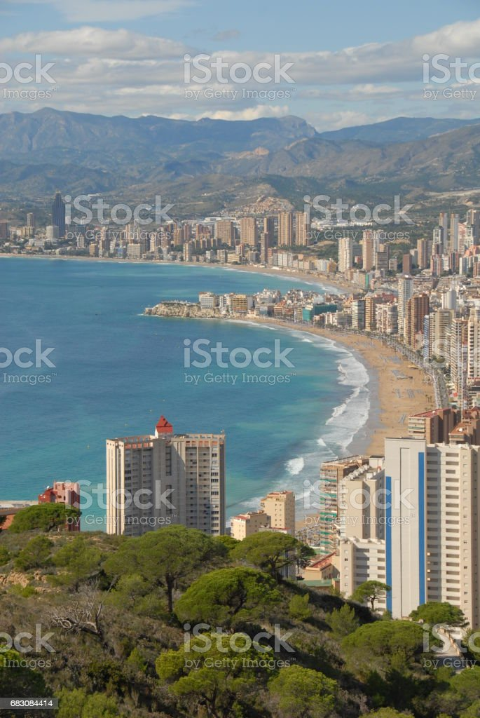 Benidorm - Stadtansichten/Skyline - Hausfassaden - Costa Blanca - Spanien foto de stock royalty-free