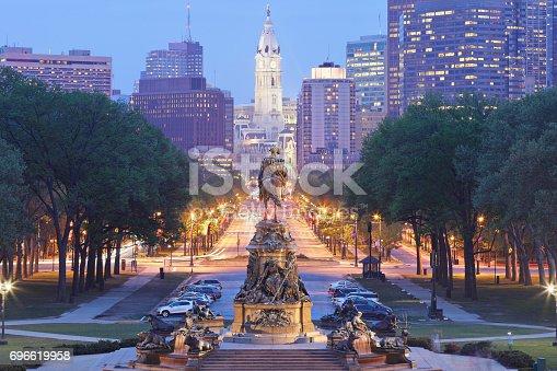 Benjamin Franklin parkway leading to the Philadelphia skyline.