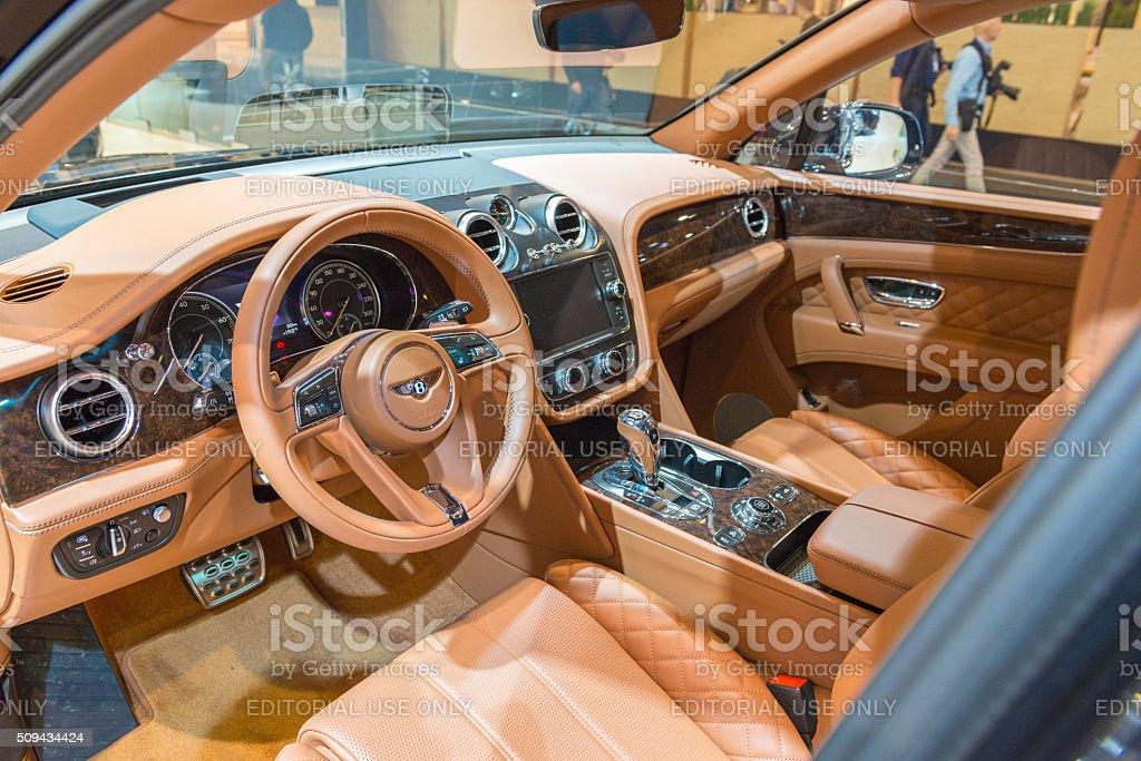 Bentley Bentayga Interior De Lujo Y Vehiculos Deportivos Utilitarios Suv Foto De Stock Y Mas Banco De Imagenes De 2016 Istock