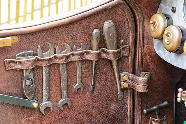 Bentley classic car toolkit - Photo