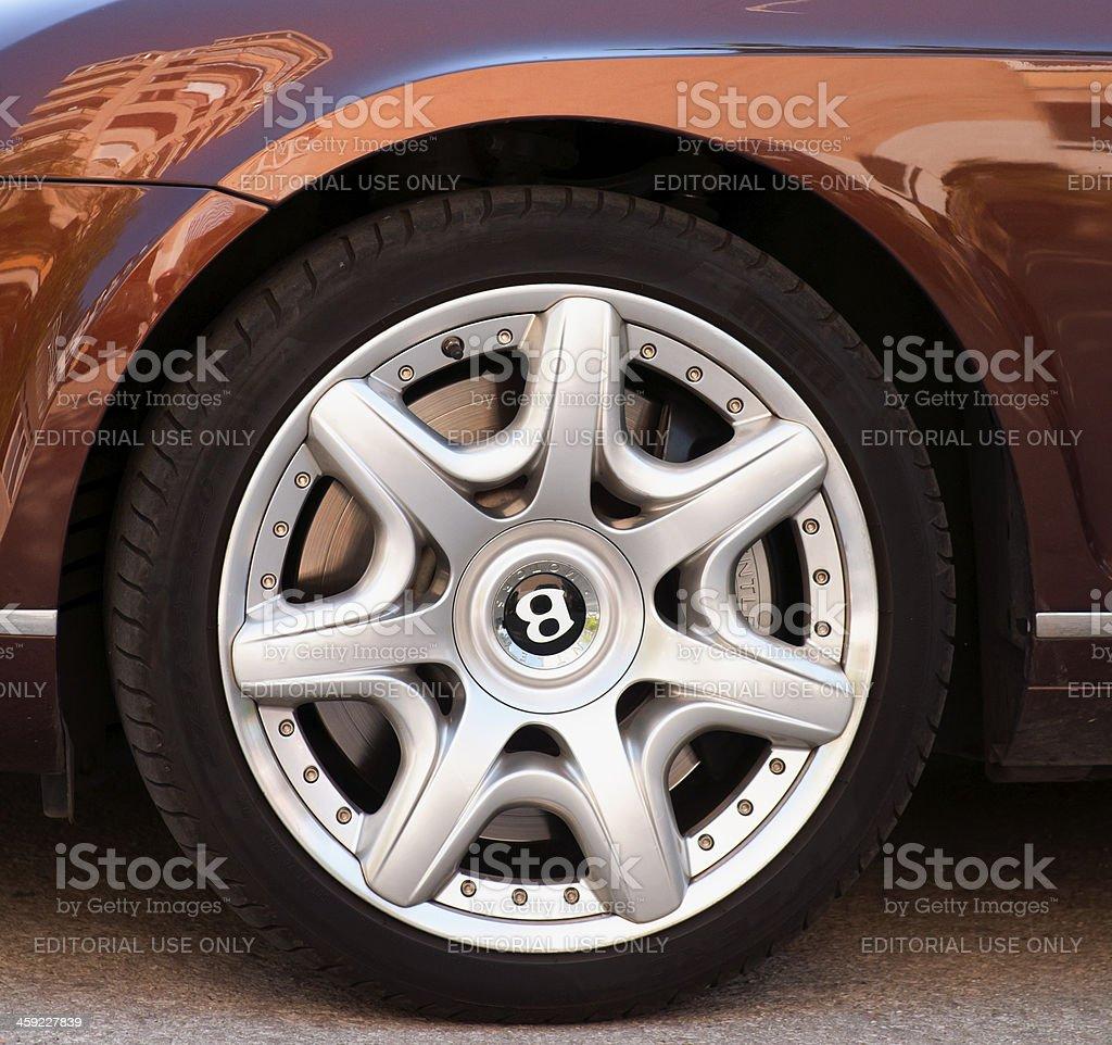 колеса на бентли