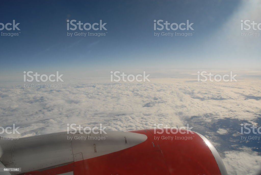 Über den Wolken in Europa ロイヤリティフリーストックフォト