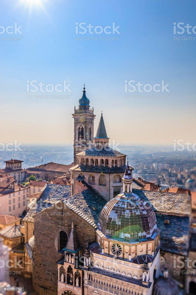 Bergamo, Basilica y Capilla Colleoni - Italia - foto de stock