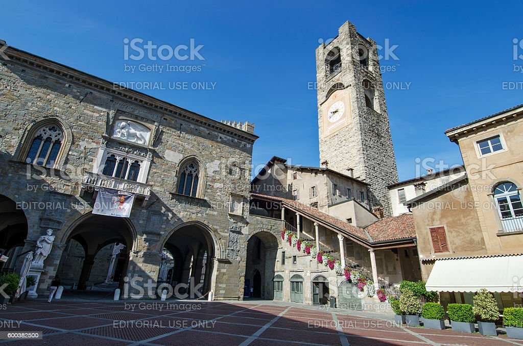 Bergamo Old Square Piazza vecchia - foto de stock