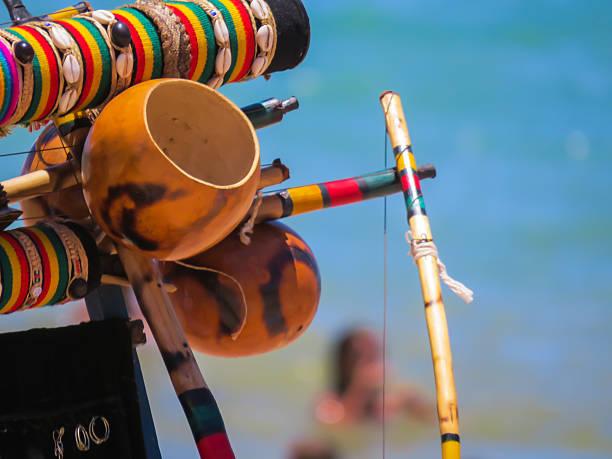 berimbau - kapverdische inseln stock-fotos und bilder