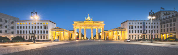 berlin brandenburg gate in twilight, germany - outcrop stock pictures, royalty-free photos & images