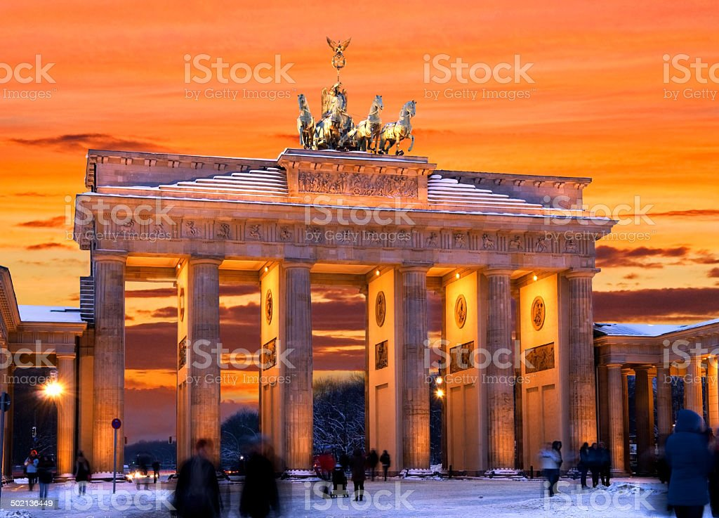 berlin brandenburger tor winter sunset stock photo