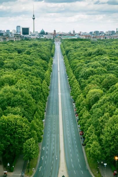 ベルリンの上から - グローサーシュテルン広場 ストックフォトと画像