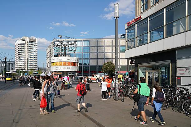 berlin  - weltzeituhr stock-fotos und bilder