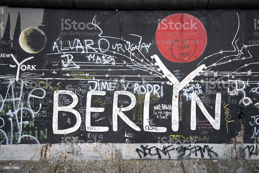 Berlin-Schild mit roten Sonne – Foto