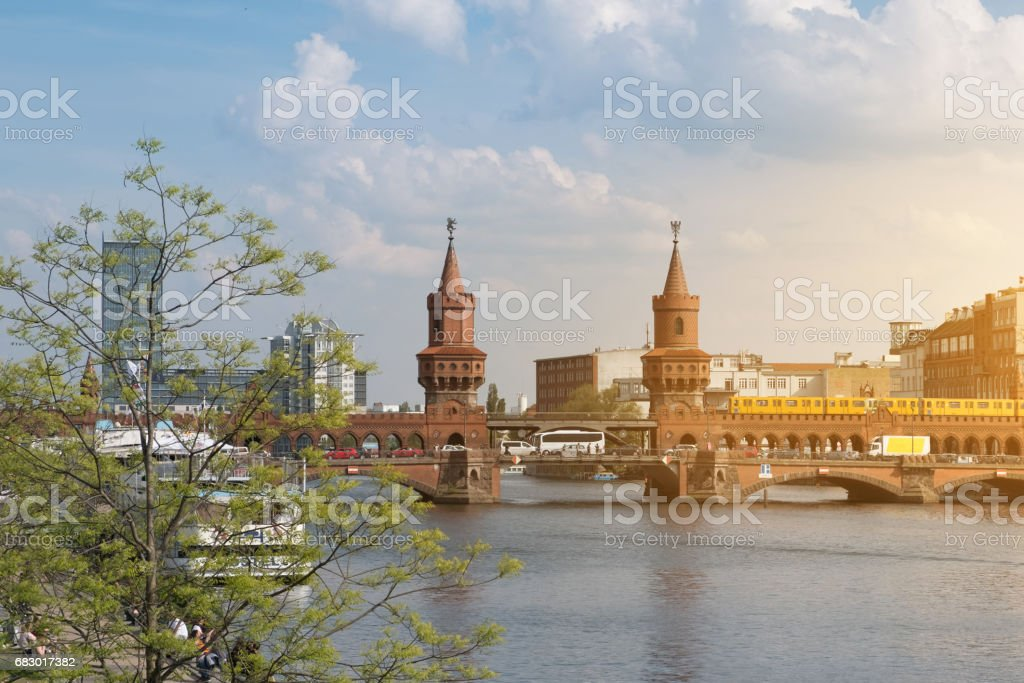 Berlin skyline, Oberbaum Bridge and river Spree panorama – Foto