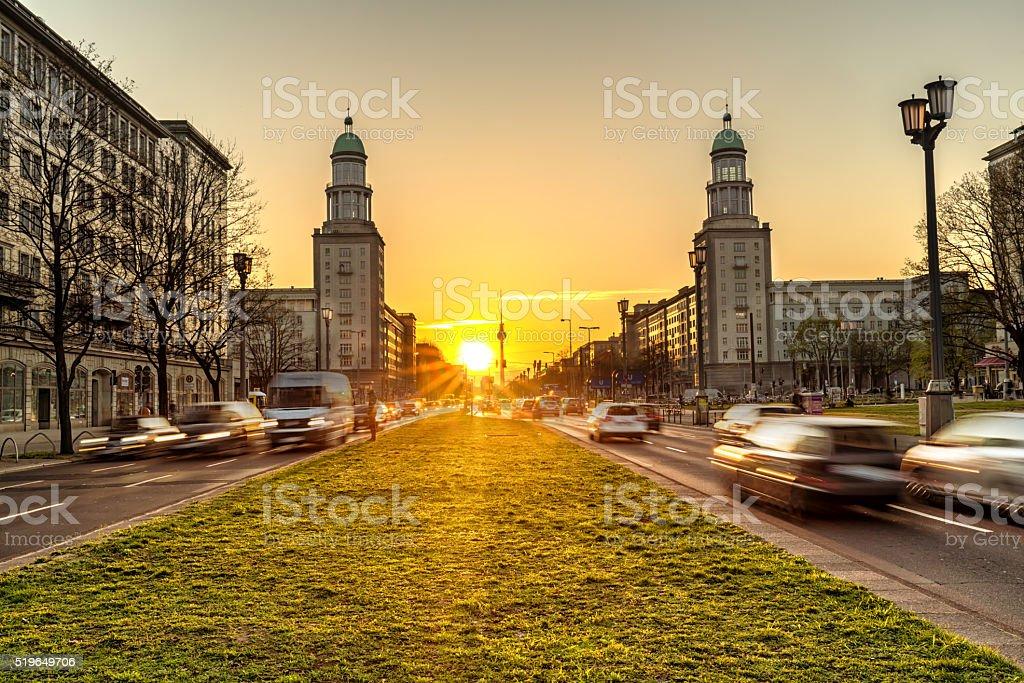 Berlin Skyline mit Sonnenlicht – Foto