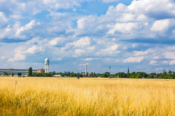 berlin tempelhof, former airport in berlin, germany - berlin tempelhof stock-fotos und bilder