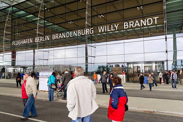 베를린-브란덴브루크 국제 공항 - 브란덴부르크 주 뉴스 사진 이미지