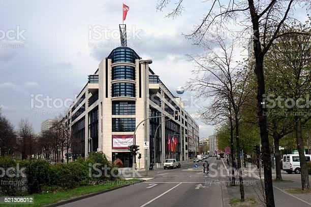 Berlino willy brandt house picture id521308012?b=1&k=6&m=521308012&s=612x612&h=tqwqsndpphb0 xm crruzvcoy4iesdxcfcstnslmdwe=