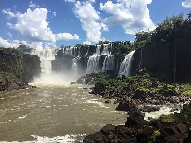 Bernabé Mendez and Mbiguá Falls, Iguazu Falls, Argentine – Foto