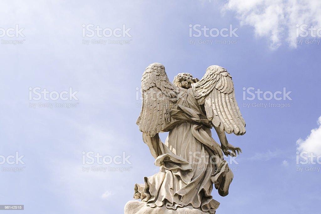 """Bernini """"s Angelo a Roma, Italia. foto stock royalty-free"""