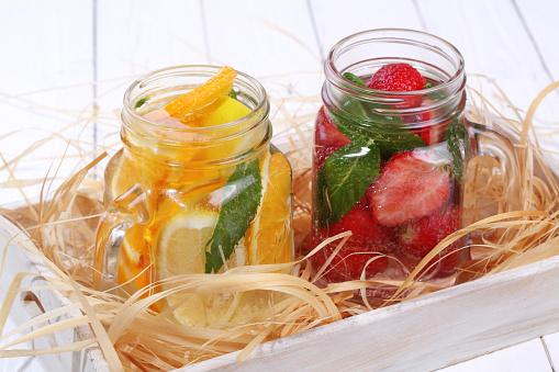 Berryvruchtencocktails Stockfoto en meer beelden van Aardbei