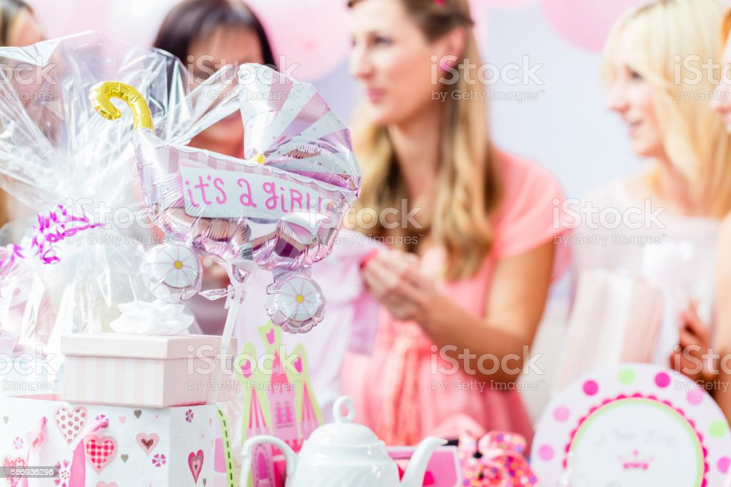 Best Friends on baby shower party celebrating​​​ foto