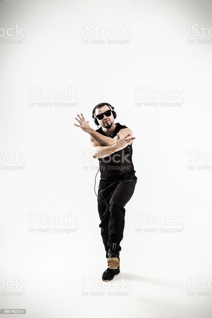 mejor rapero bailando break dance .photo sobre un fondo blanco foto de  stock libre de 9a6c719762a