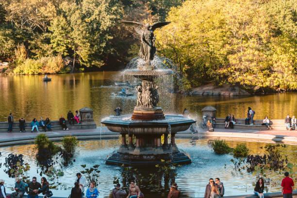 bethesda fountain - central park - central park manhattan zdjęcia i obrazy z banku zdjęć