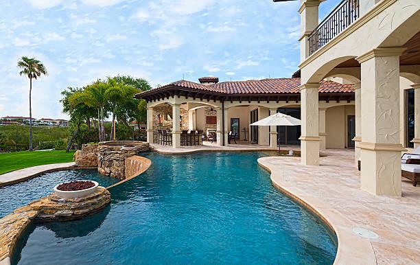 bessere leben - haus in florida stock-fotos und bilder