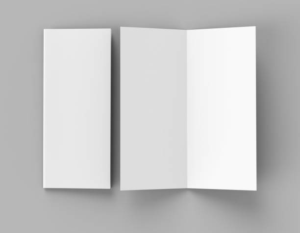 bi-fold oder vertikale hälfte zusammenfalten broschüre mock auf weichen grauen hintergrund isoliert. 3d render-abbildung - flyer vorlagen stock-fotos und bilder