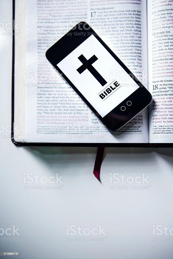 Bible App Stock Photo - Download Image Now - iStock