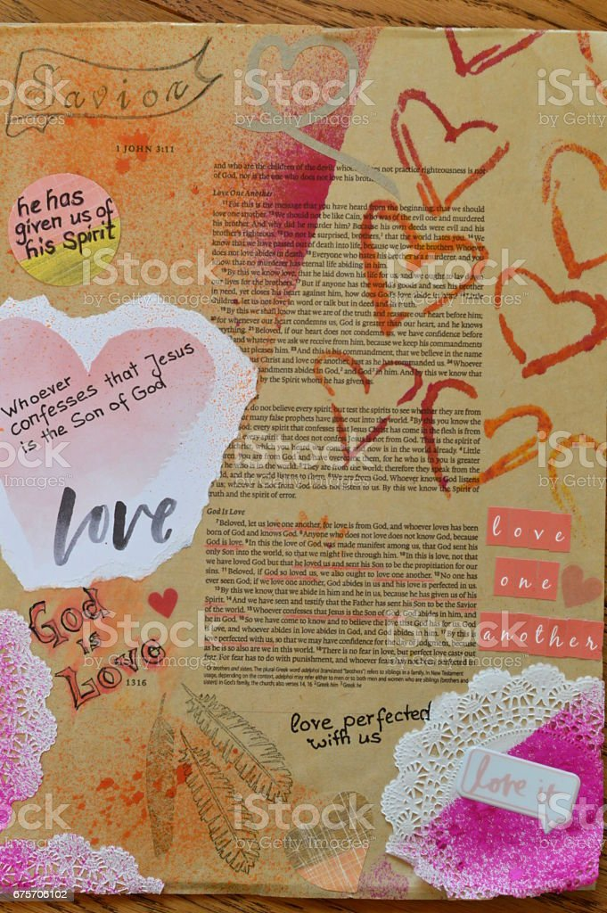 Bible art journaling about God is love 免版稅 stock photo