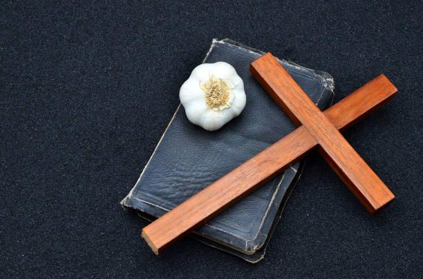 Bibel, Kreuz – Foto