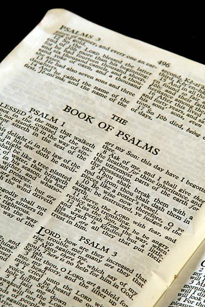 bibel series psalm - psalm stock-fotos und bilder