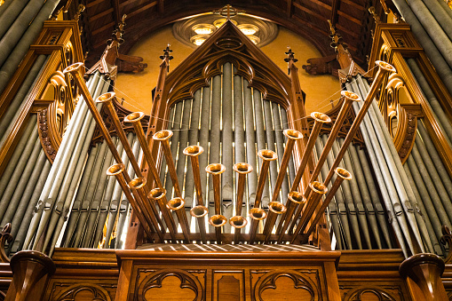 Bic organ in church